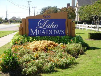 Lake Meadows Apartments